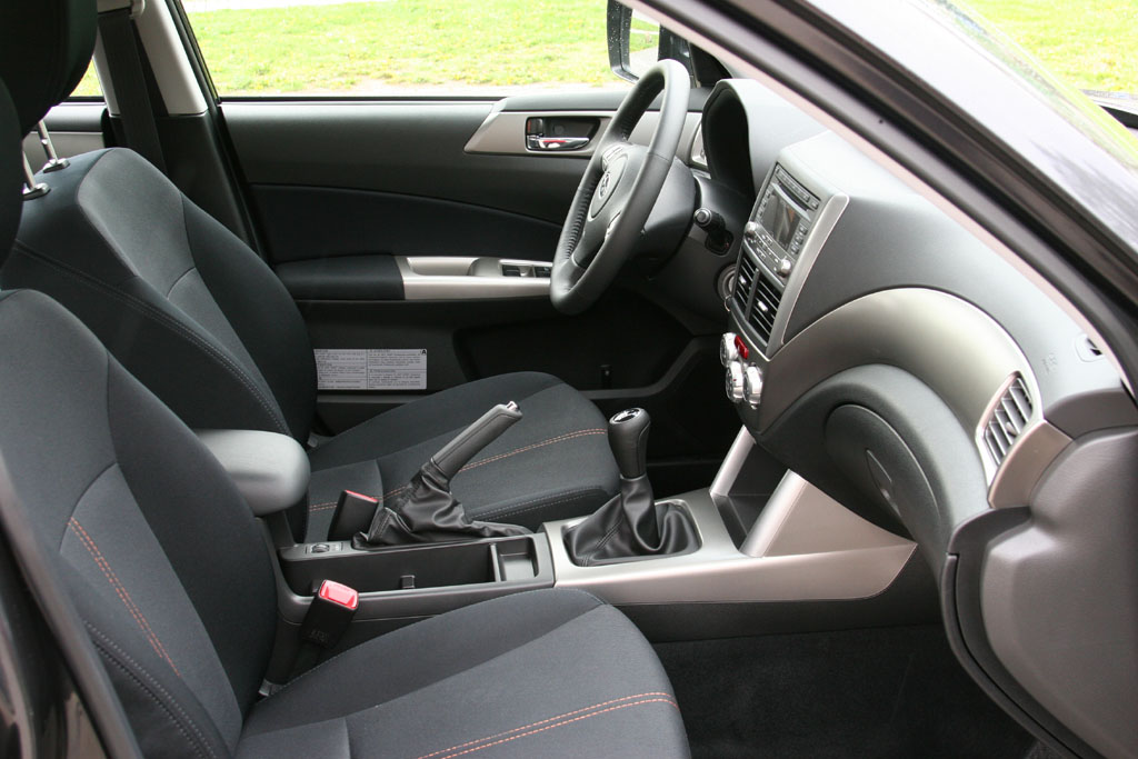 Automobily Subaru Forester 2.5 XT Comfort