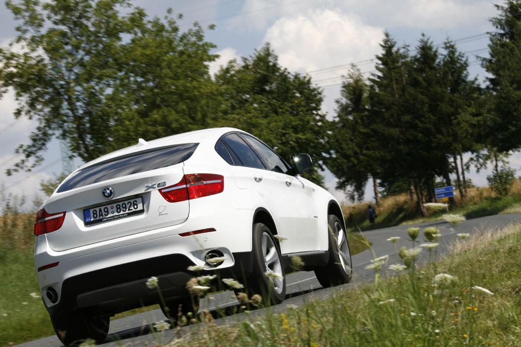 Automobily BMW X6 xDrive 35d
