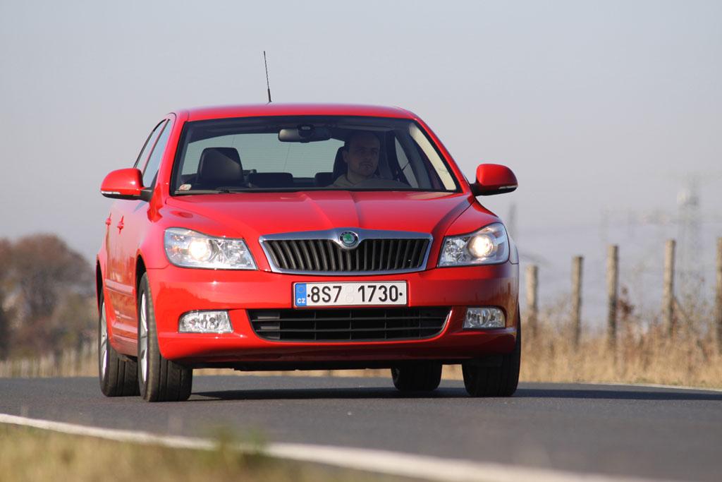 Automobily Škoda Octavia 1.4 Ambiente