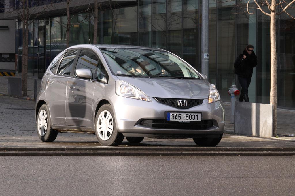 Automobily Honda Jazz 1.4 Comfort