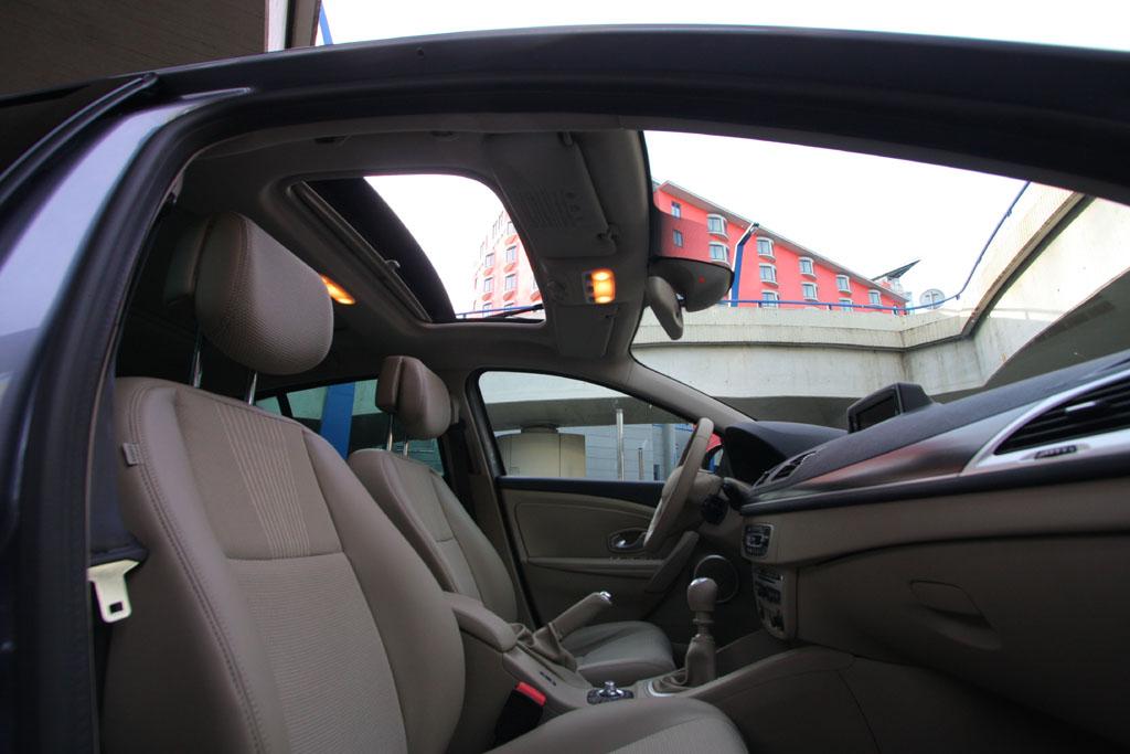 Automobily Renault Megane 1.9 dCi Privilege