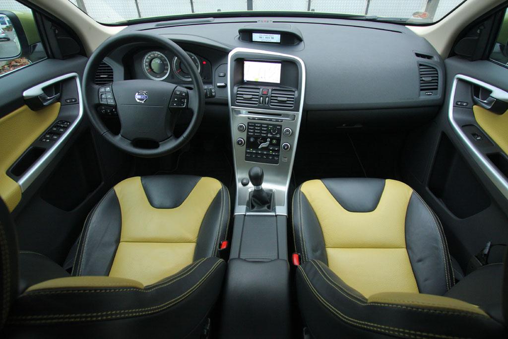 Automobily Volvo XC60 D5 Summum