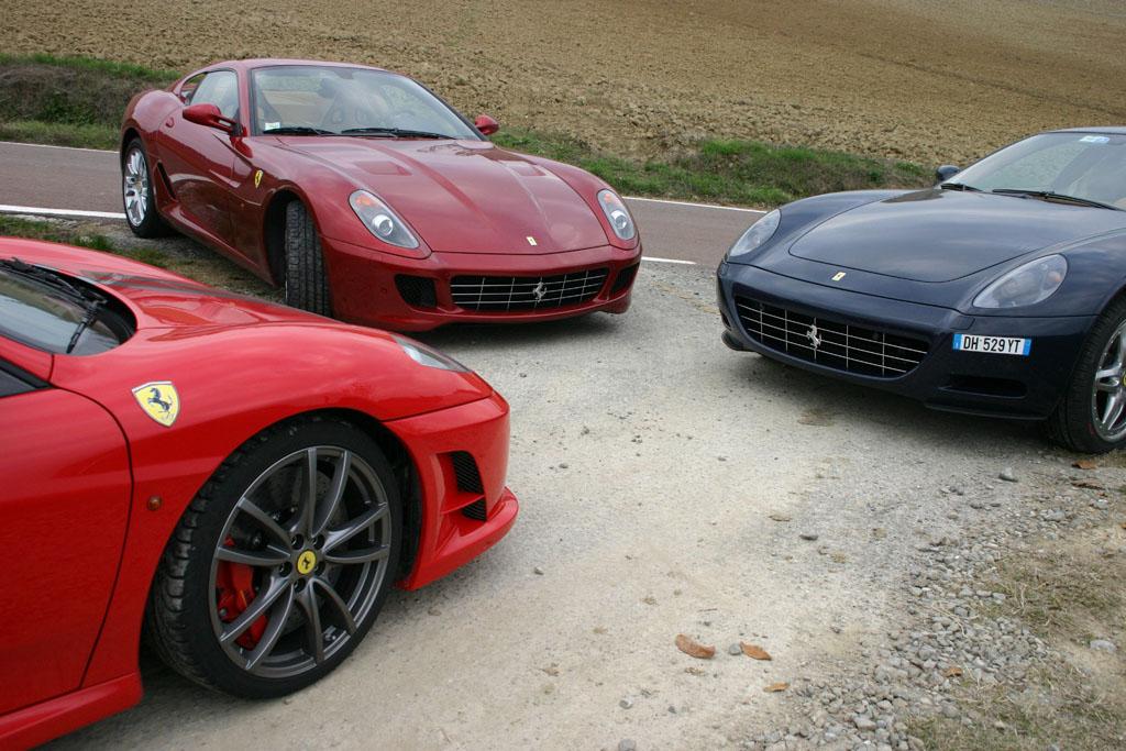 Automobily Ferrari 430 Scuderia, 599 GTB Fiorano a 612 Scaglietti