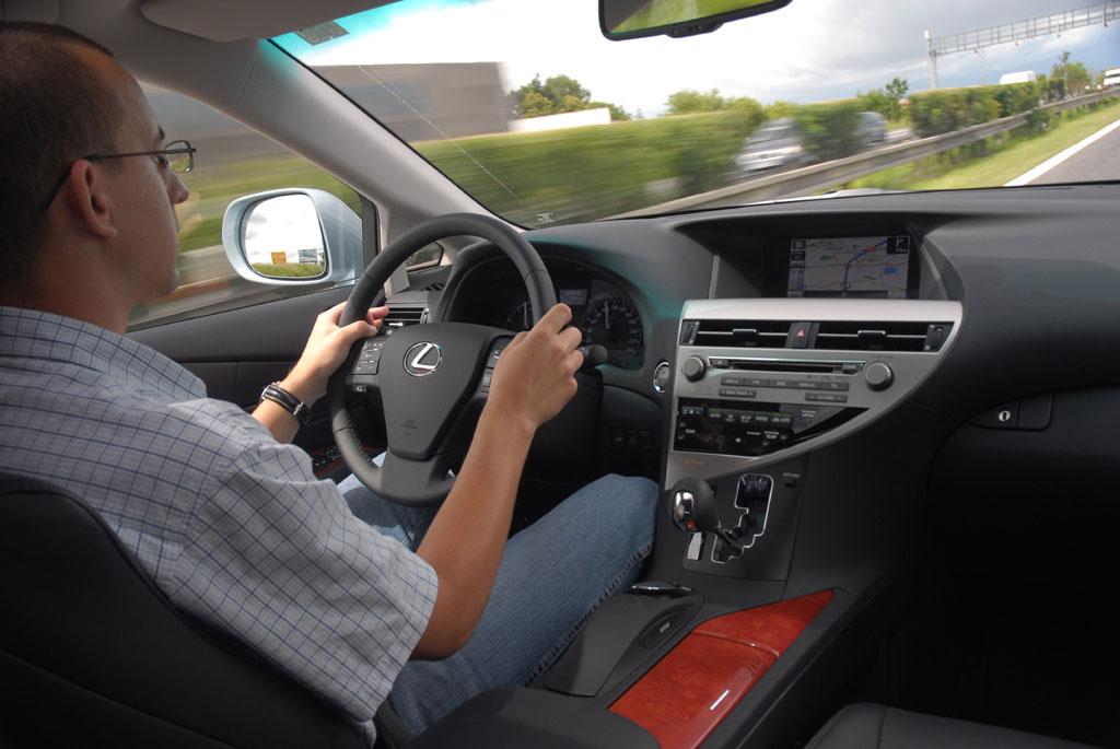 Automobily Lexus RX 450h Premium