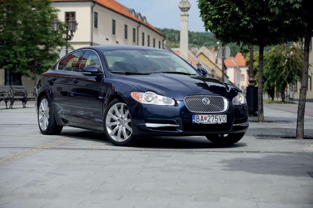 Automobily Jaguar XF 3.0 D