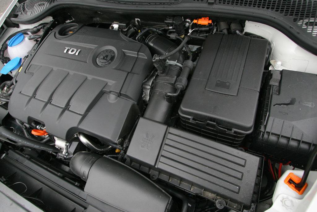 Automobily Škoda Octavia Combi RS CR 2.0 TDI DSG