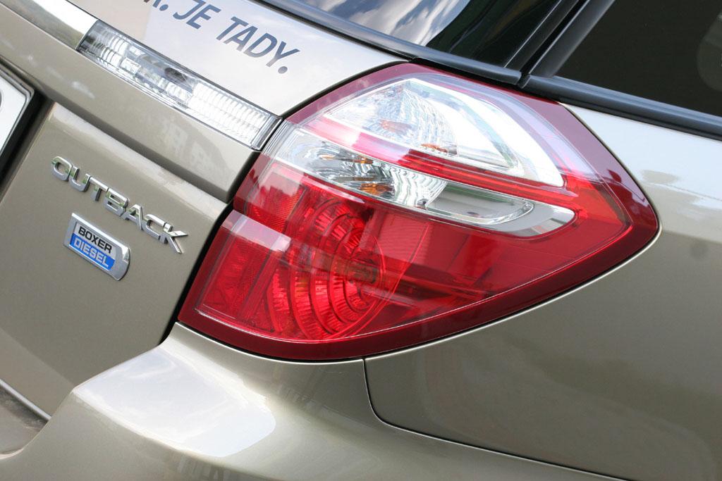 Automobily Subaru Outback 2.0D Comfort