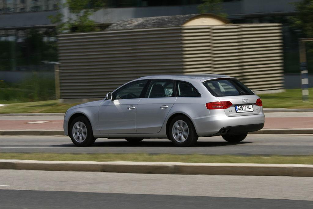 Automobily Audi A4 Avant 1.8 TFSI