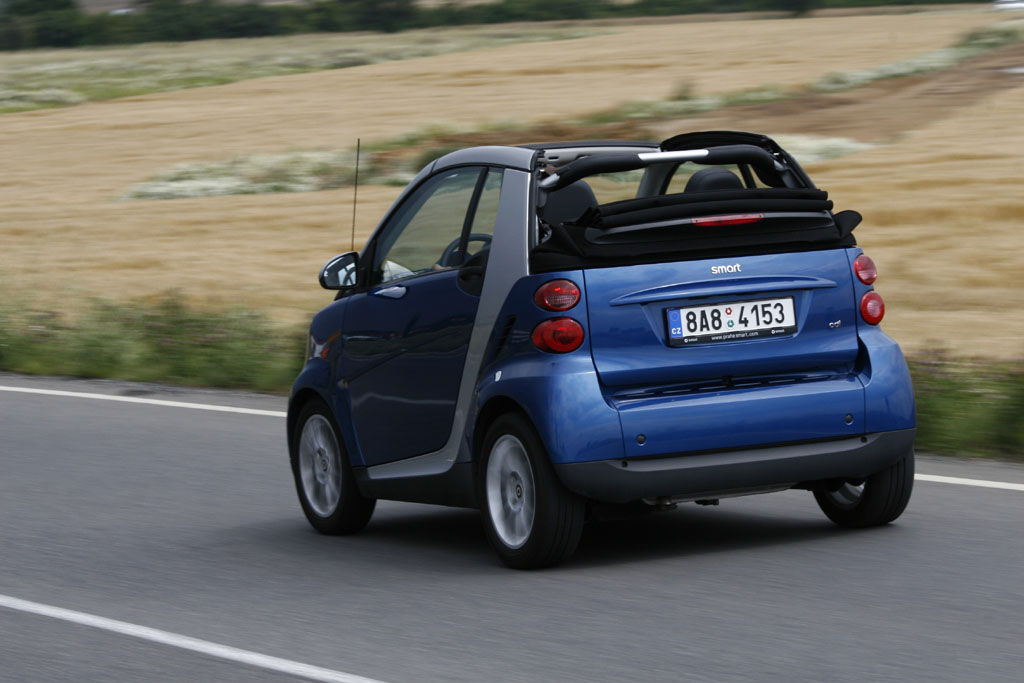 Automobily Smart Fortwo Cabrio 0.8 CDI Passion