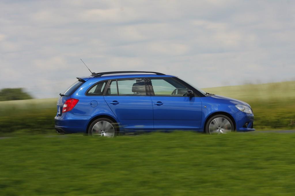 Automobily Škoda Fabia Combi RS