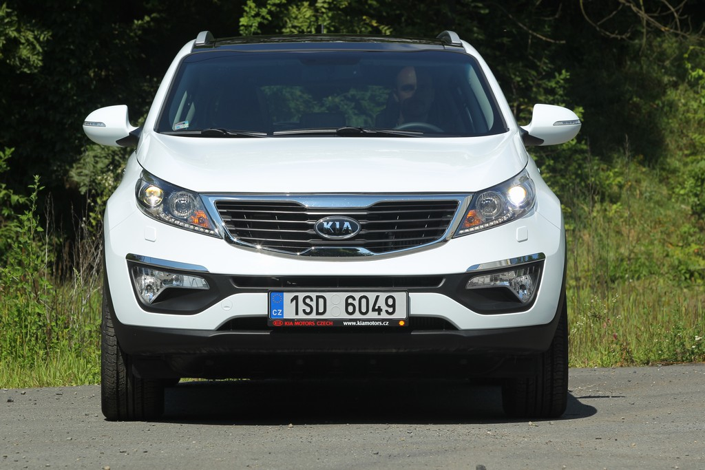 Automobily Kia Sportage 2.0 CRDi 4x4 AT Exclusive