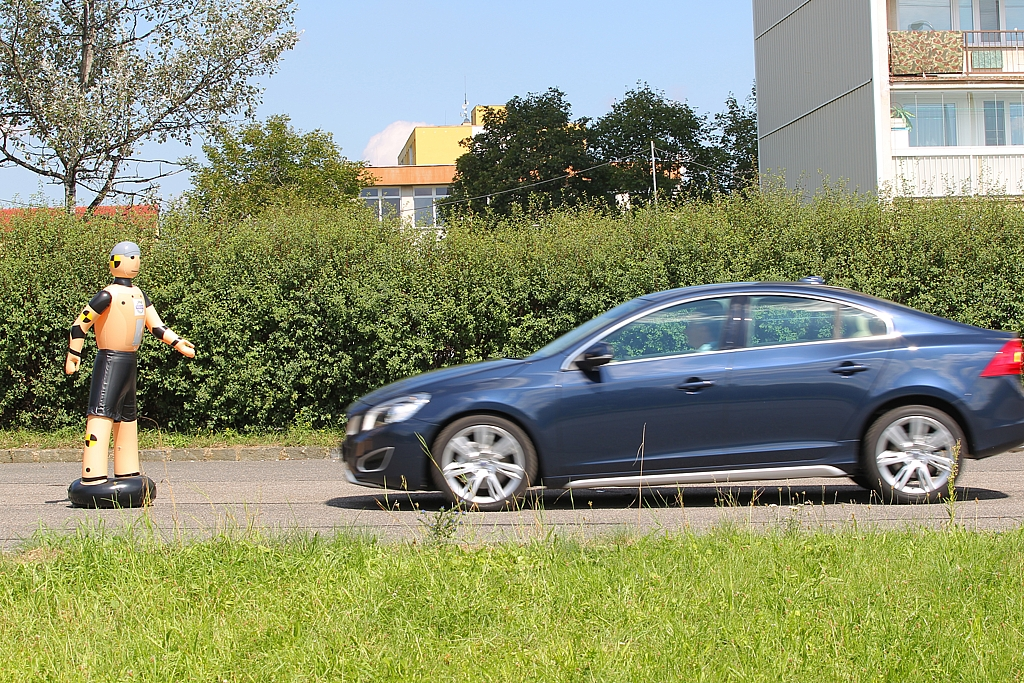 Automobily Volvo S60 D5 Summum