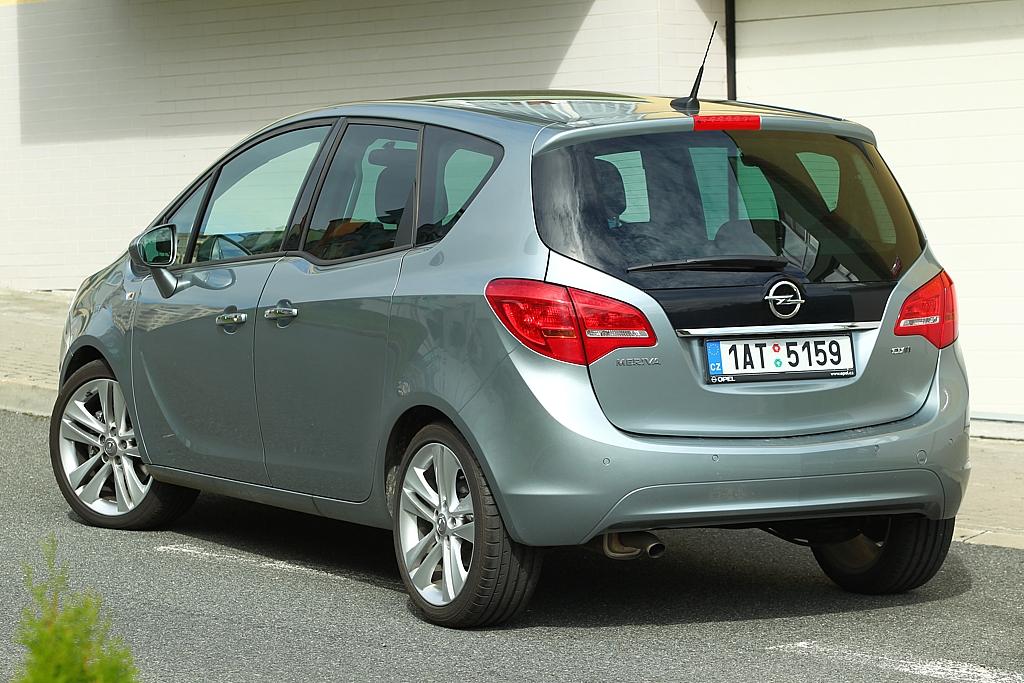 Automobily Opel Meriva 1.7 CDTI AT Cosmo