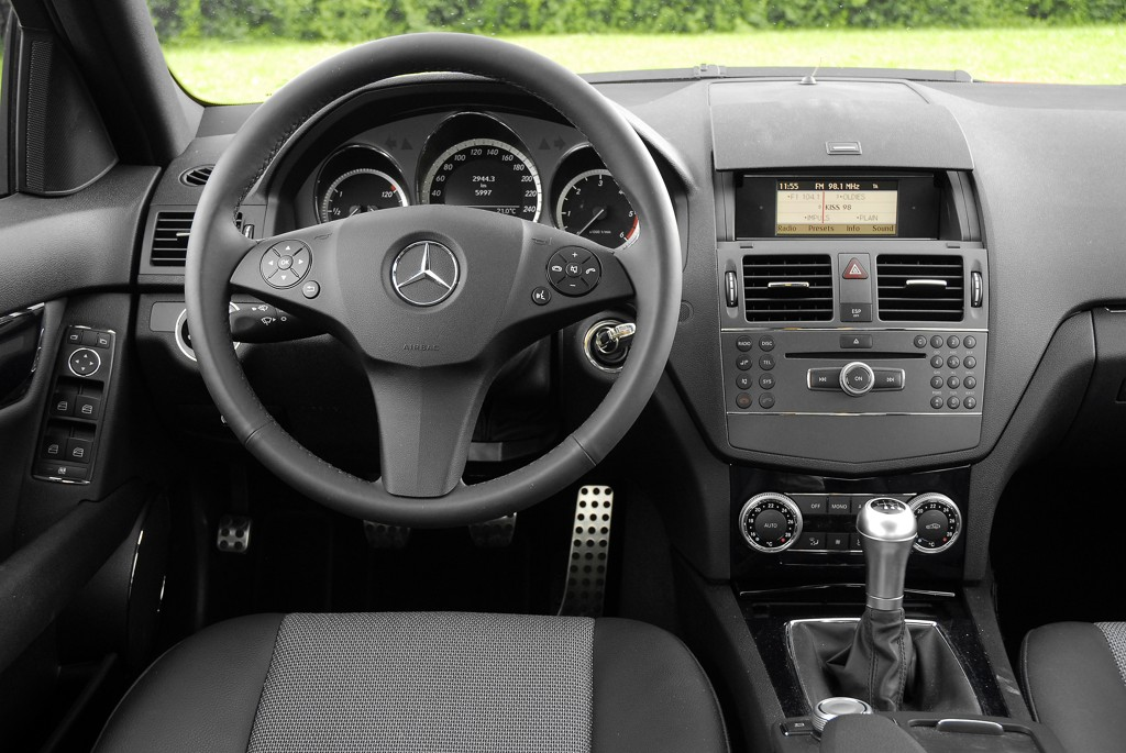 Automobily Mercedes-Benz C 200 CDI BlueEfficiency AMG Style
