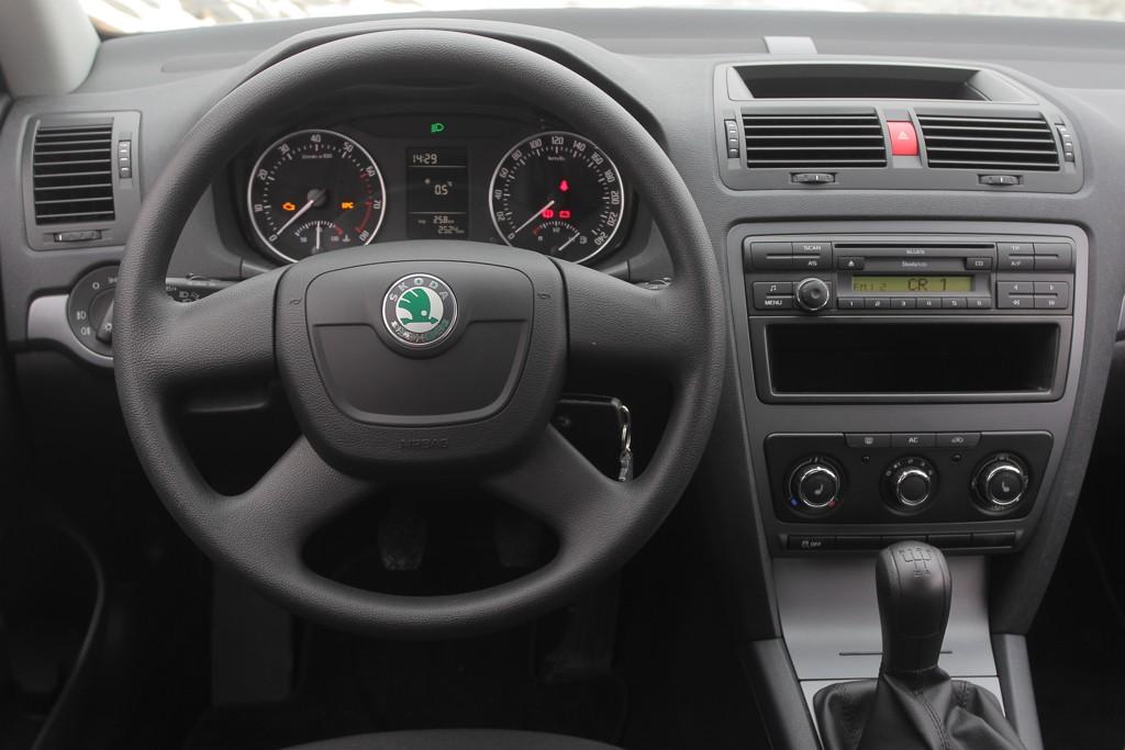 Automobily Škoda Octavia Tour 1.6