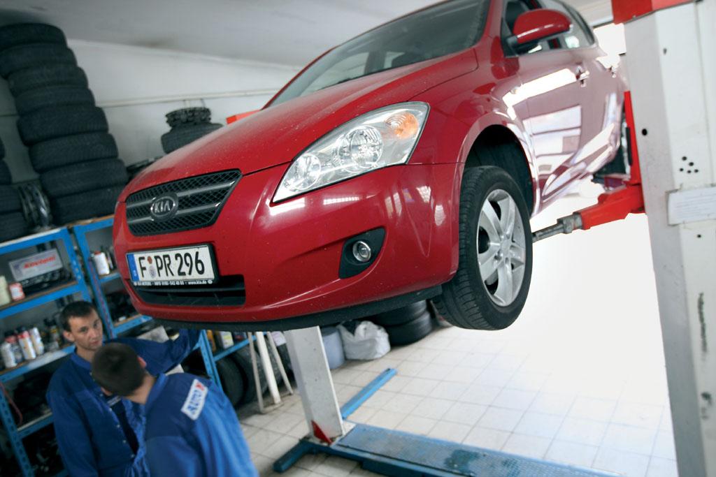 Automobily Kia Ceed 1.6 Comfort po 100 000 km