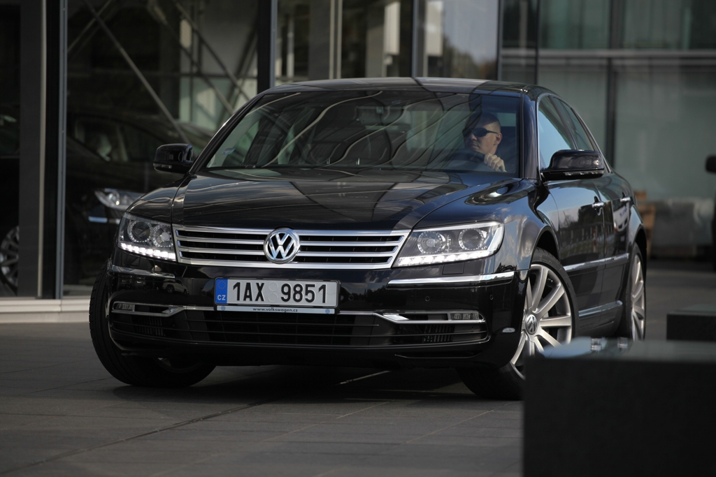 Automobily Volkswagen Phaeton 3.0 V6 TDI 4Motion