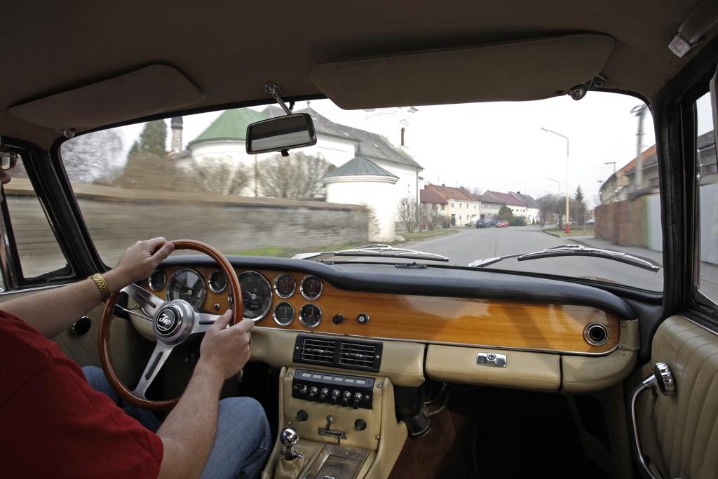 Automobily Iso Rivolta