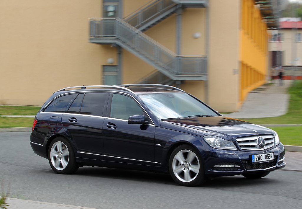 Automobily Mercedes-Benz C 250 CDI 4Matic Kombi