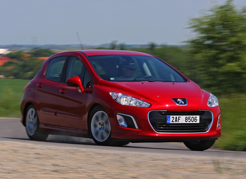Automobily Peugeot 308 1.6 e-HDI 2-Tronic