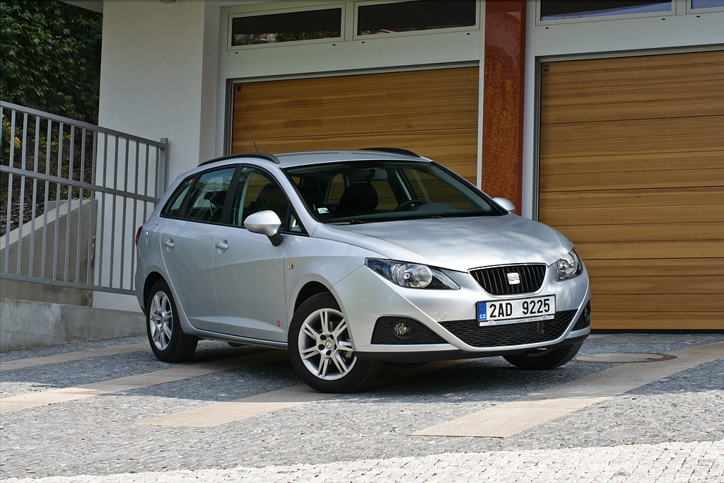Automobily Seat Ibiza ST 1.4 16V Copa