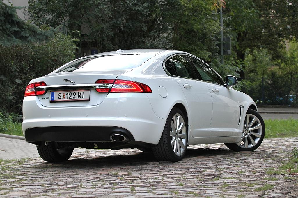 Automobily Jaguar XF 2.2 Diesel