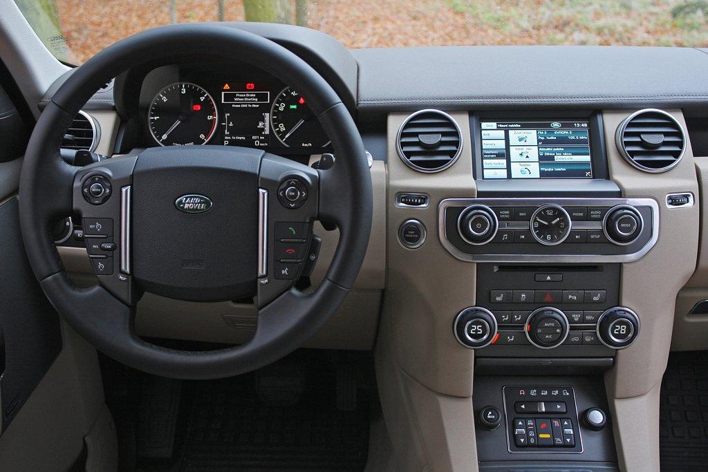 Automobily Land Rover Discovery 3.0 SDV6 HSE