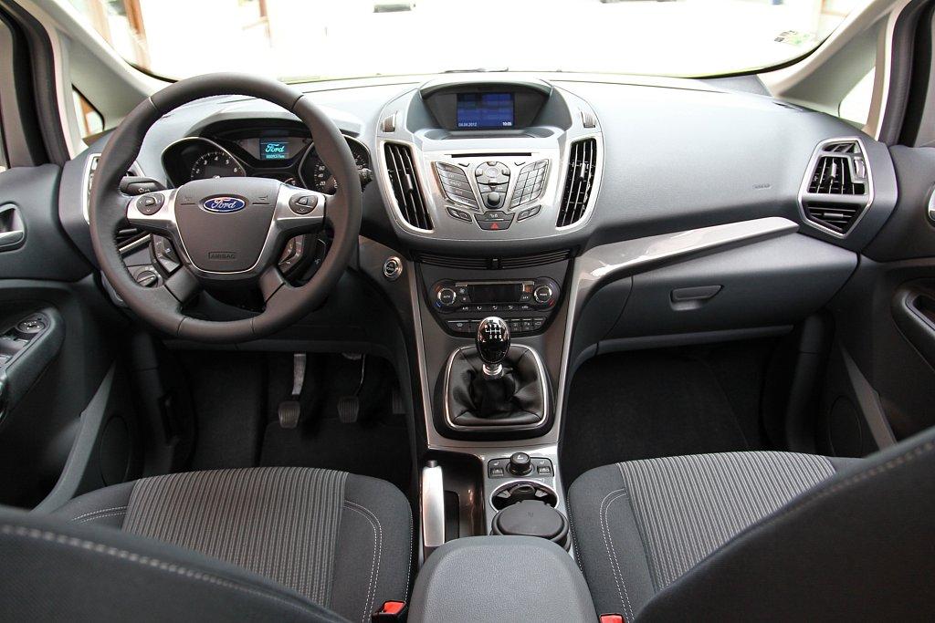 Automobily Ford C-Max 1.6 Ecoboost Titanium