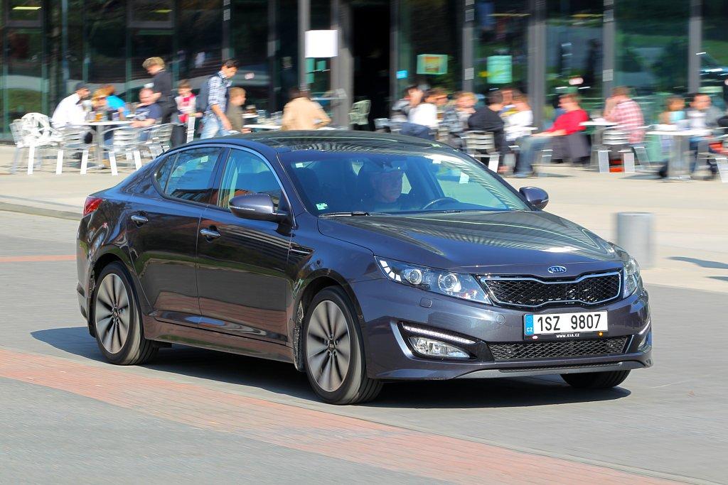 Automobily Kia Optima 1.7 CRDi Exclusive