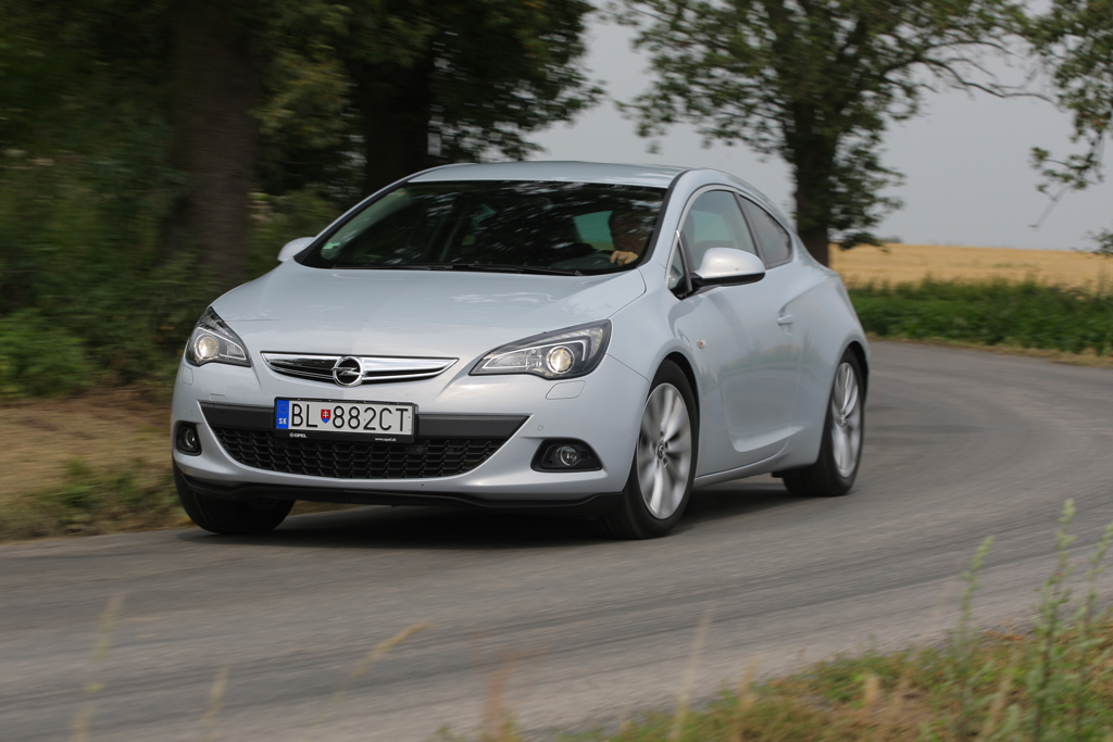 Automobily Opel Astra GTC 2.0 CDTI Sport
