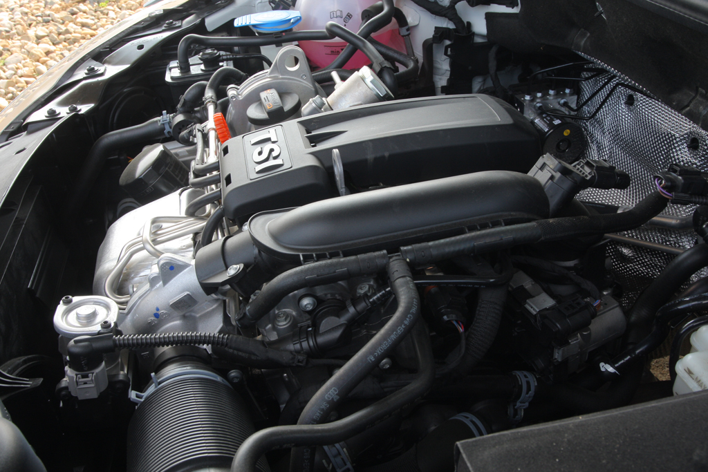 Automobily Volkswagen Golf Cabriolet 1.2 TSI