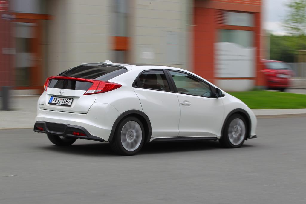 Automobily Honda Civic 1.8 i-VTEC Executive