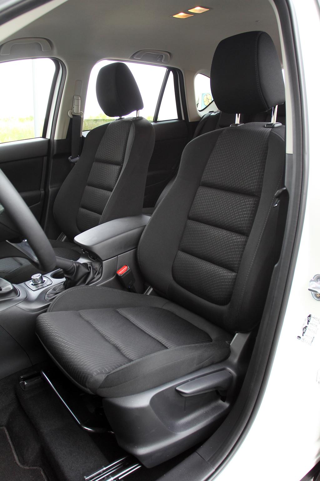 Automobily Mazda CX-5 2.2 SkyActiv-D AWD Attractive