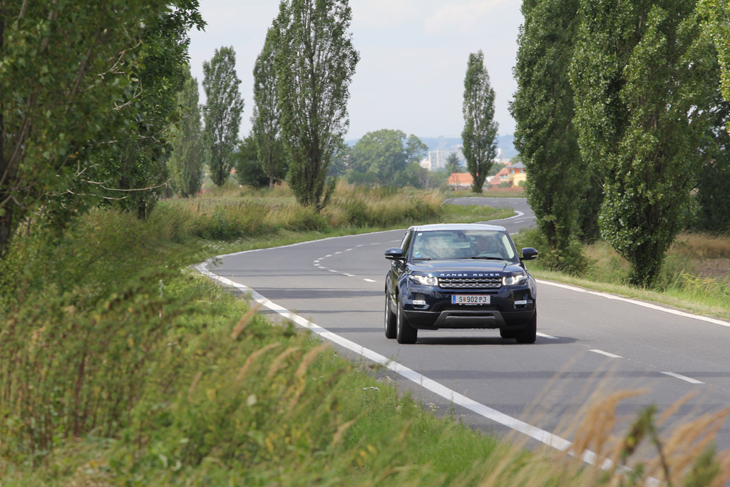 Automobily Range Rover Evoque 2.2 eD4 Pure