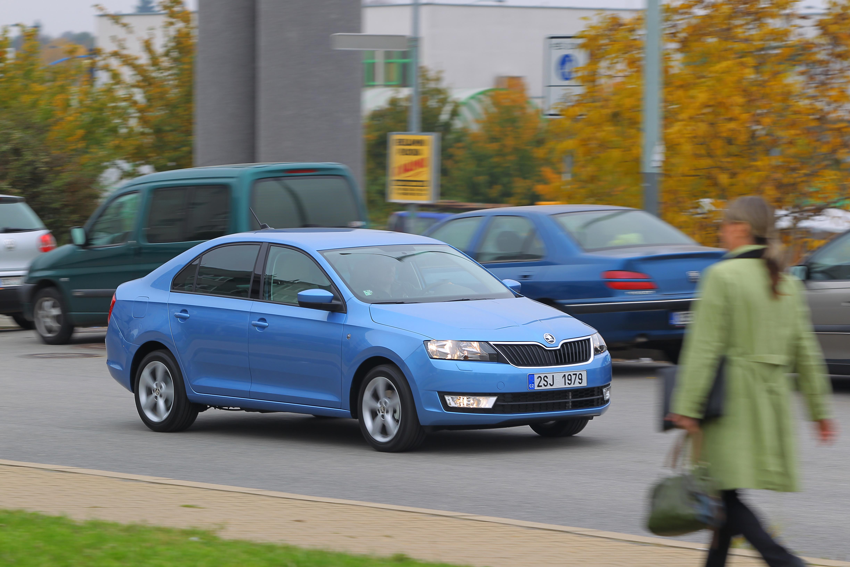 Automobily Škoda Rapid 1.2 MPI Ambition