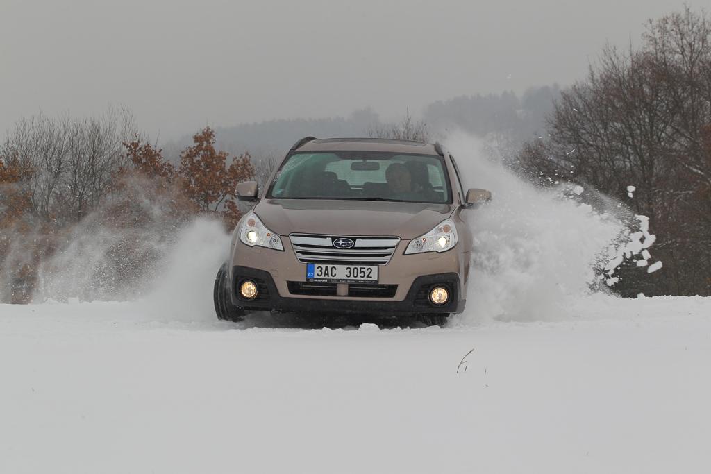 Automobily Subaru Outback 2.5i Comfort