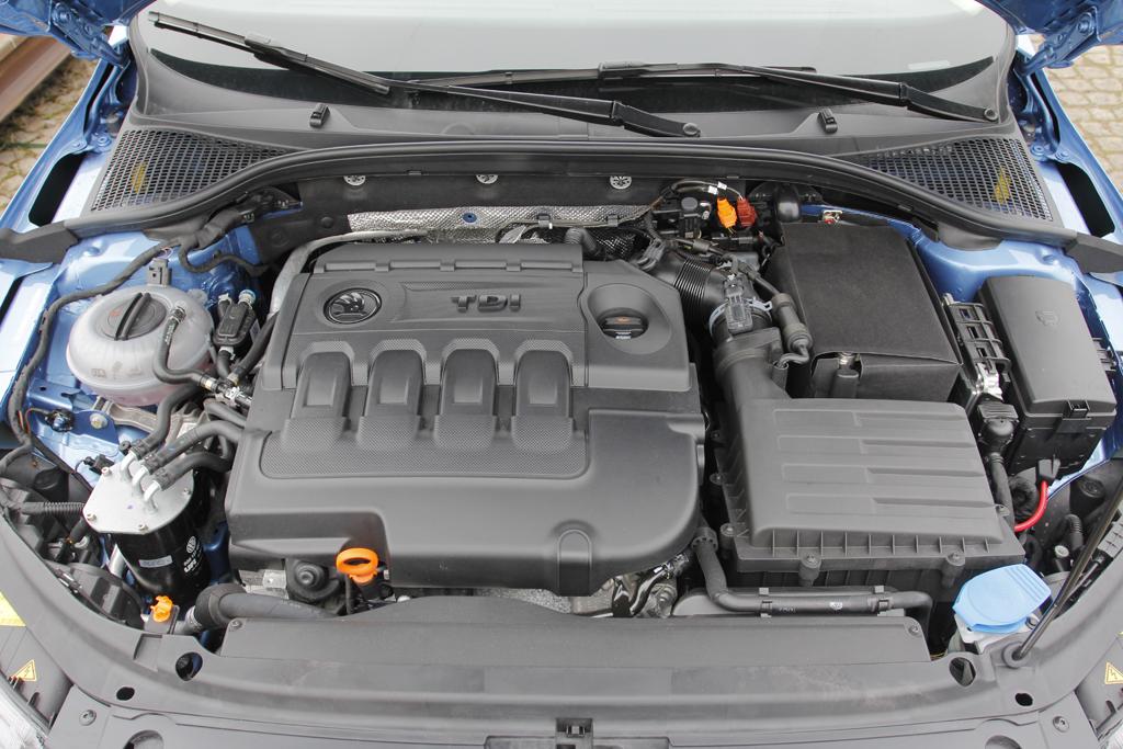 Automobily Škoda Octavia 1.6 TDI Elegance