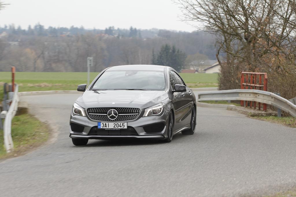 Automobily Mercedes-Benz CLA 220 CDI Edition 1