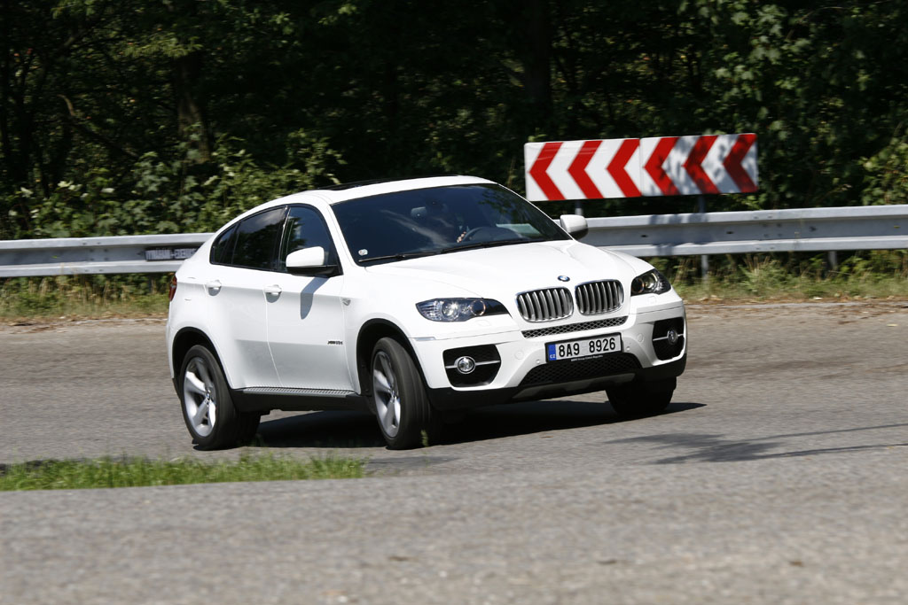 bmw x6 xdrive 35d autohit. Black Bedroom Furniture Sets. Home Design Ideas