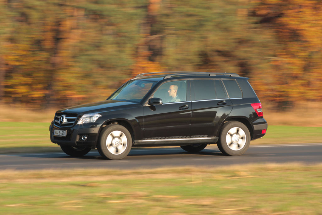 mercedes benz glk 320 cdi 4matic autohit. Black Bedroom Furniture Sets. Home Design Ideas