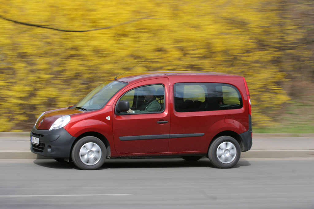renault kangoo 1 5 dci authentique autohit. Black Bedroom Furniture Sets. Home Design Ideas