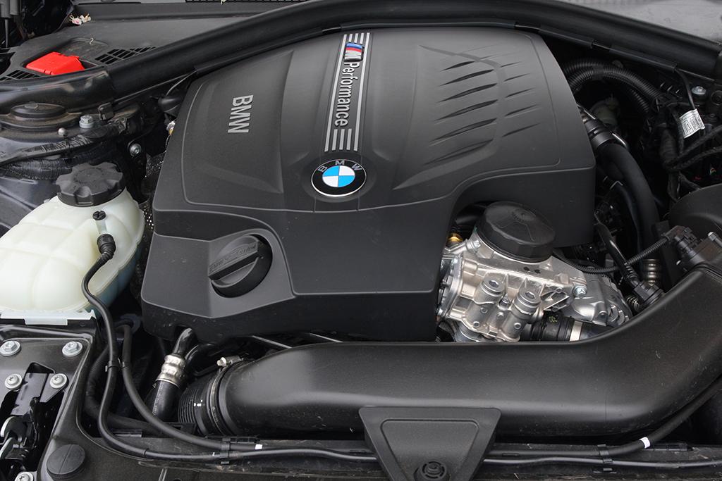 Automobily BMW M135i xDrive