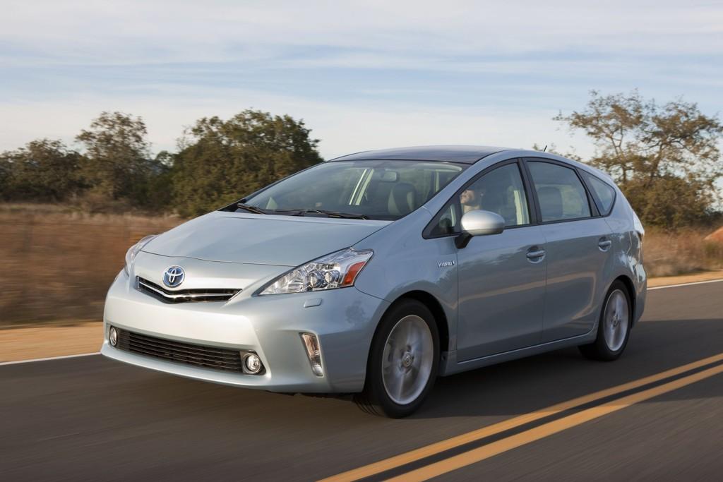 Automobily Toyota Prius modelová řada 2011