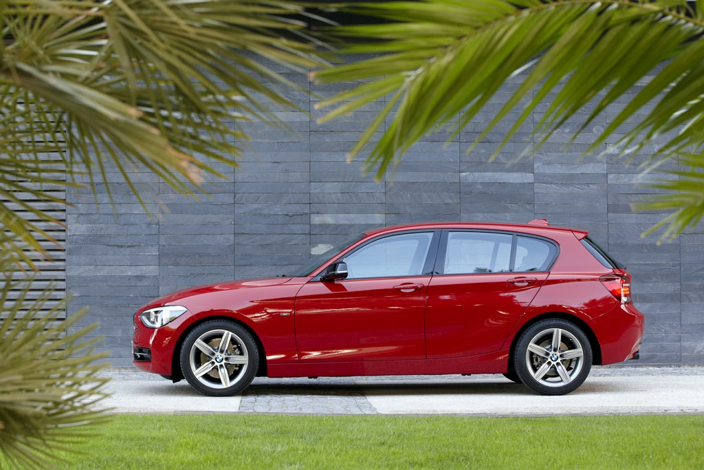Automobily BMW 1 2011