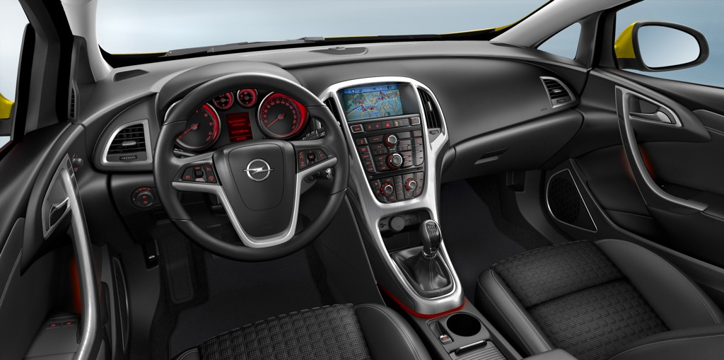 Automobily Opel Astra GTC 2011