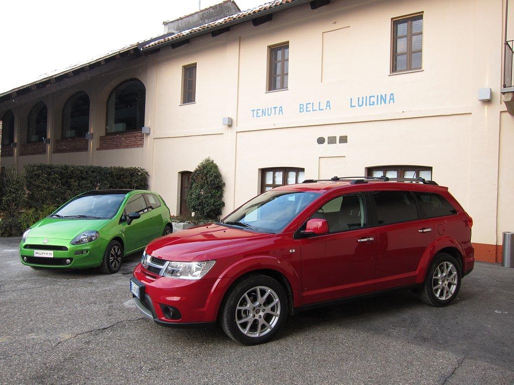 Automobily Fiat Freemont AWD & Fiat Punto 2012