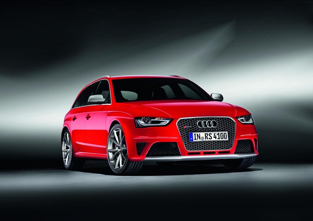 Automobily Audi RS 4 Avant 2012
