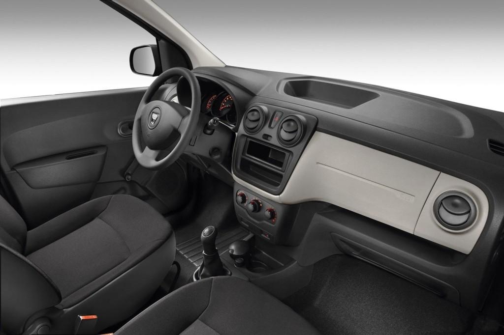 Automobily Dacia Lodgy 2012