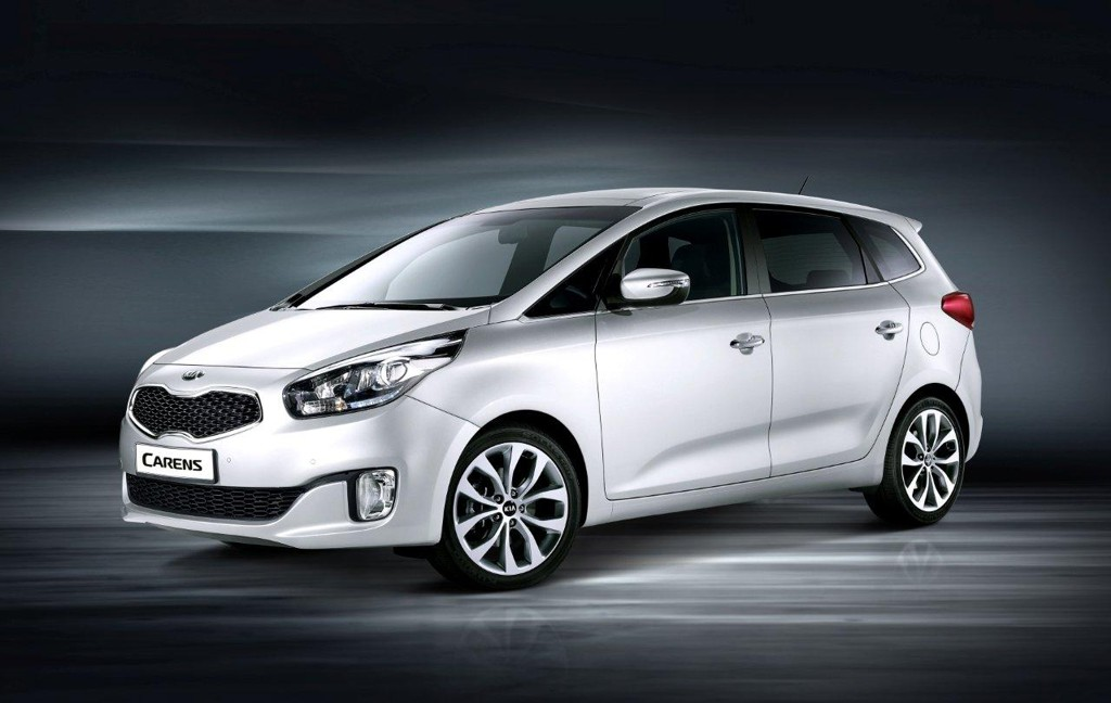 Automobily Kia Carens 2012