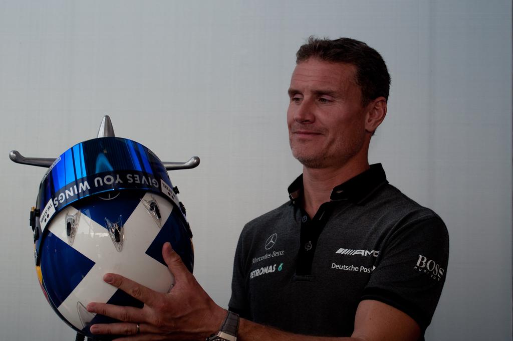 Události Odchod Davida Coultharda: Helmu na hřebík, do ruky mikrofon